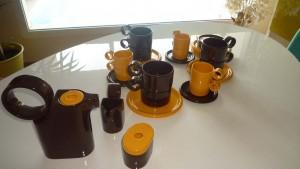 Service à café et chocolat années 70 - 15 pièces
