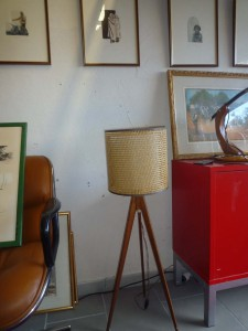 Lampe scandinave tripode années 50