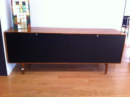 enfilade florence knoll circa 1960 l 39 atelier 50. Black Bedroom Furniture Sets. Home Design Ideas