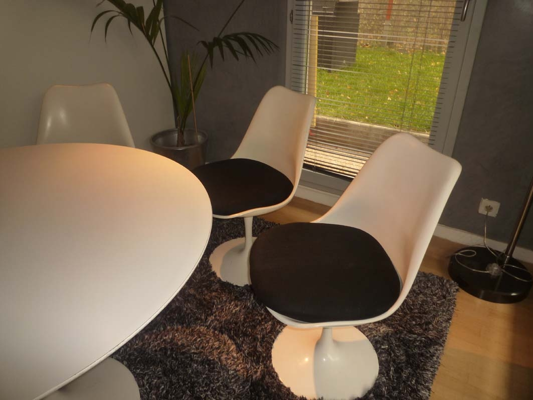 Série de 4 chaises tulipes Saarinen
