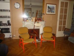 Paire de fauteuils design italien