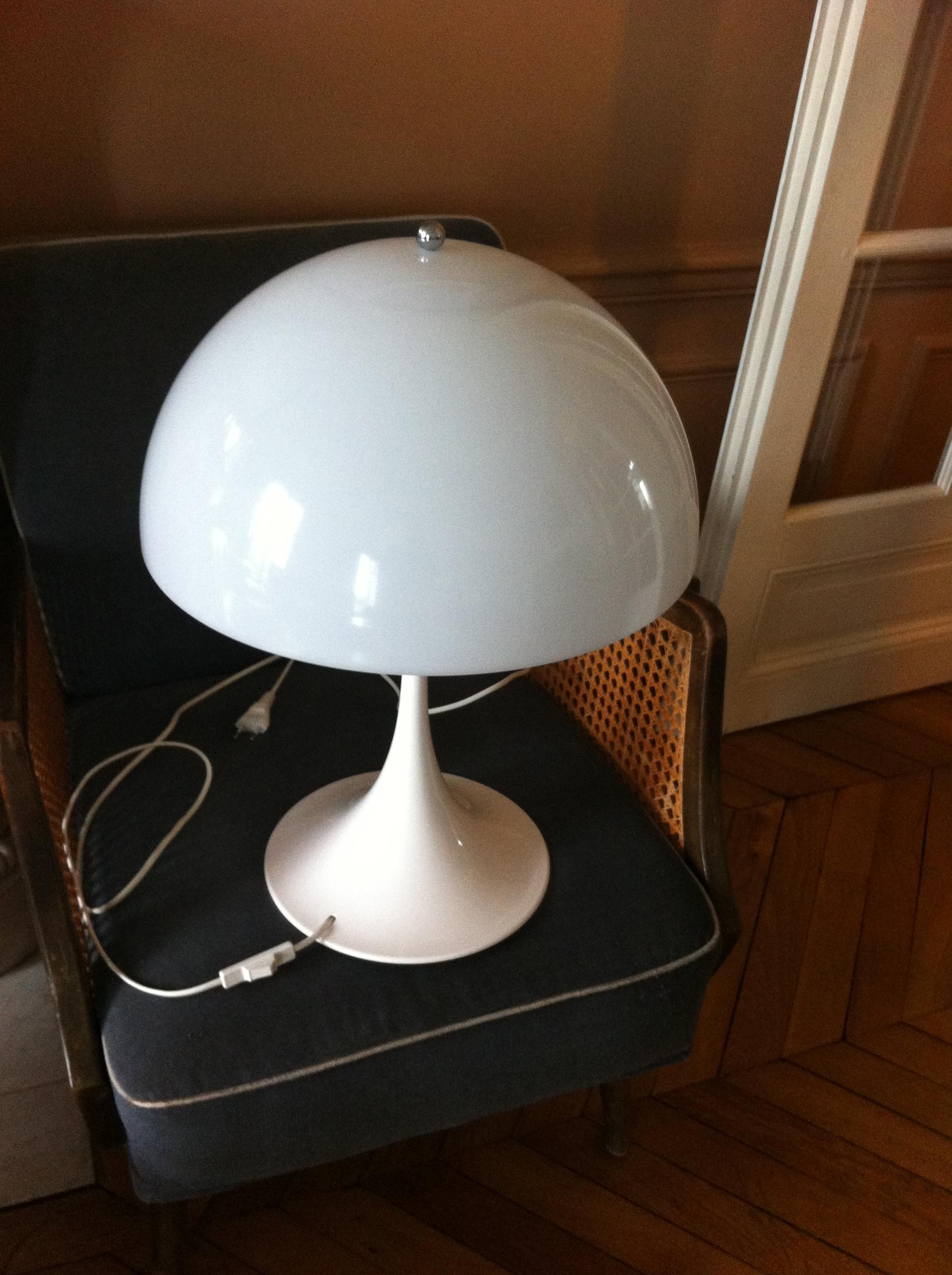 Lampe Panthella de Panton 1970   L&39;Atelier 50   Boutique vintage   achat et vente mobilier ...