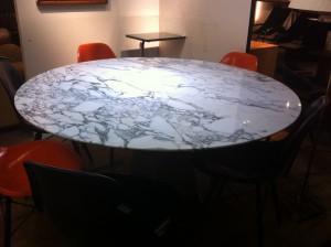 Table marbre Warren Platner pour Knoll