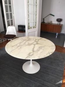 Table tulipe Saarinen 120 cm édition Knoll