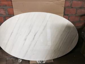 Table ovale Knoll