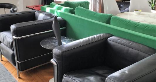 Fauteuils LC 2 Le Corbusier, édition Cassina