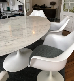 Table Knoll Saarinen 244 cm en marbre