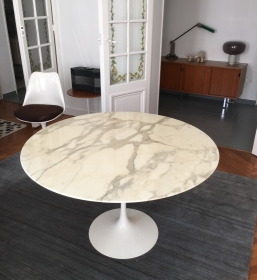 Table tulipe Saarinen 120 cm édition Knoll