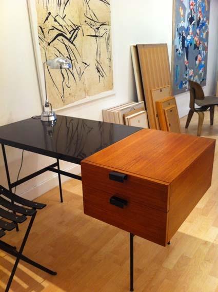 bureau pierre paulin cm 141 l 39 atelier 50 boutique vintage achat et vente mobilier vintage. Black Bedroom Furniture Sets. Home Design Ideas