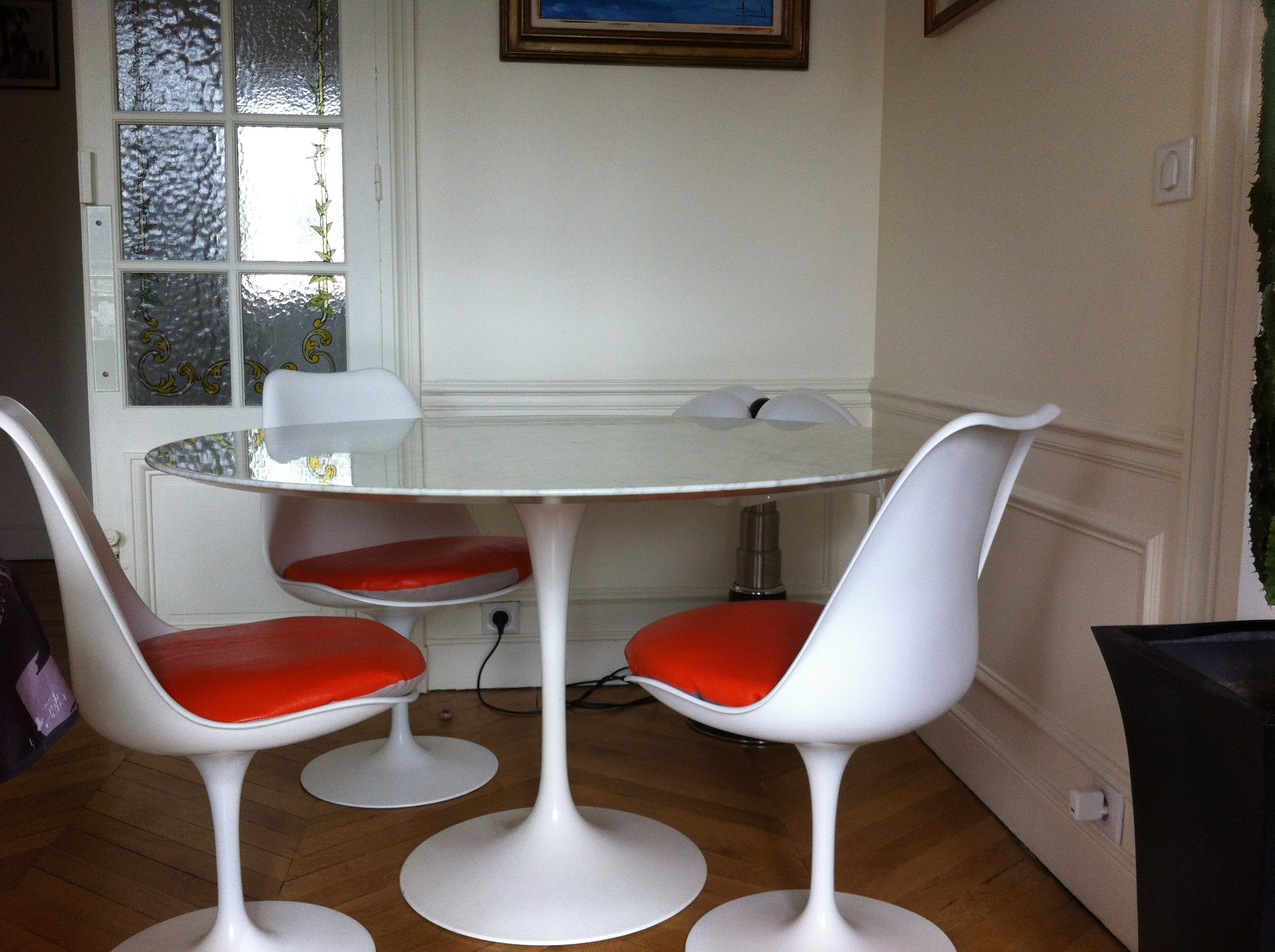 Table tulipe saarinen knoll international l 39 atelier 50 boutique vintage achat et vente Table basse saarinen