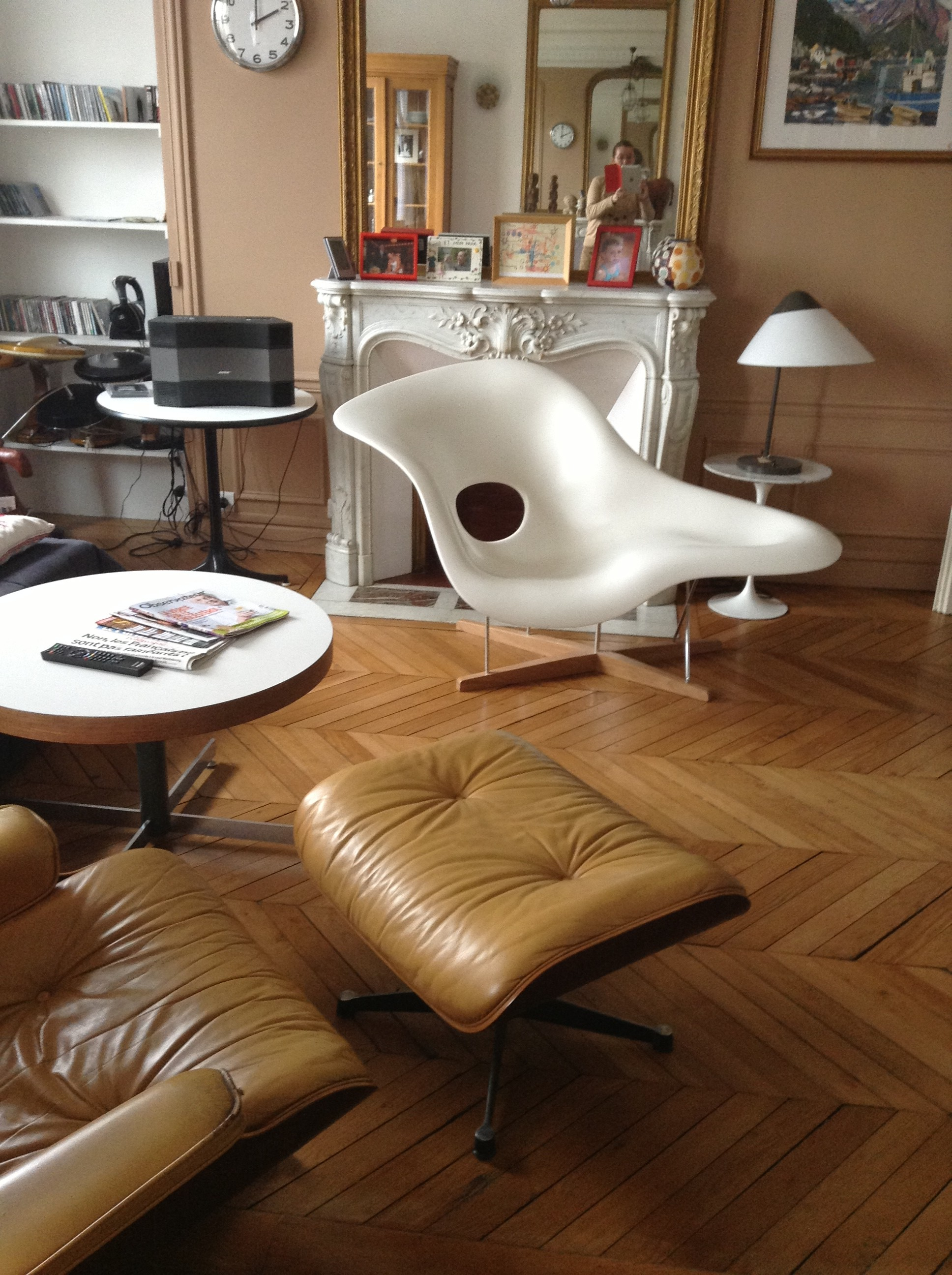 La chaise eames edition vitra l 39 atelier 50 boutique for Mobilier eames