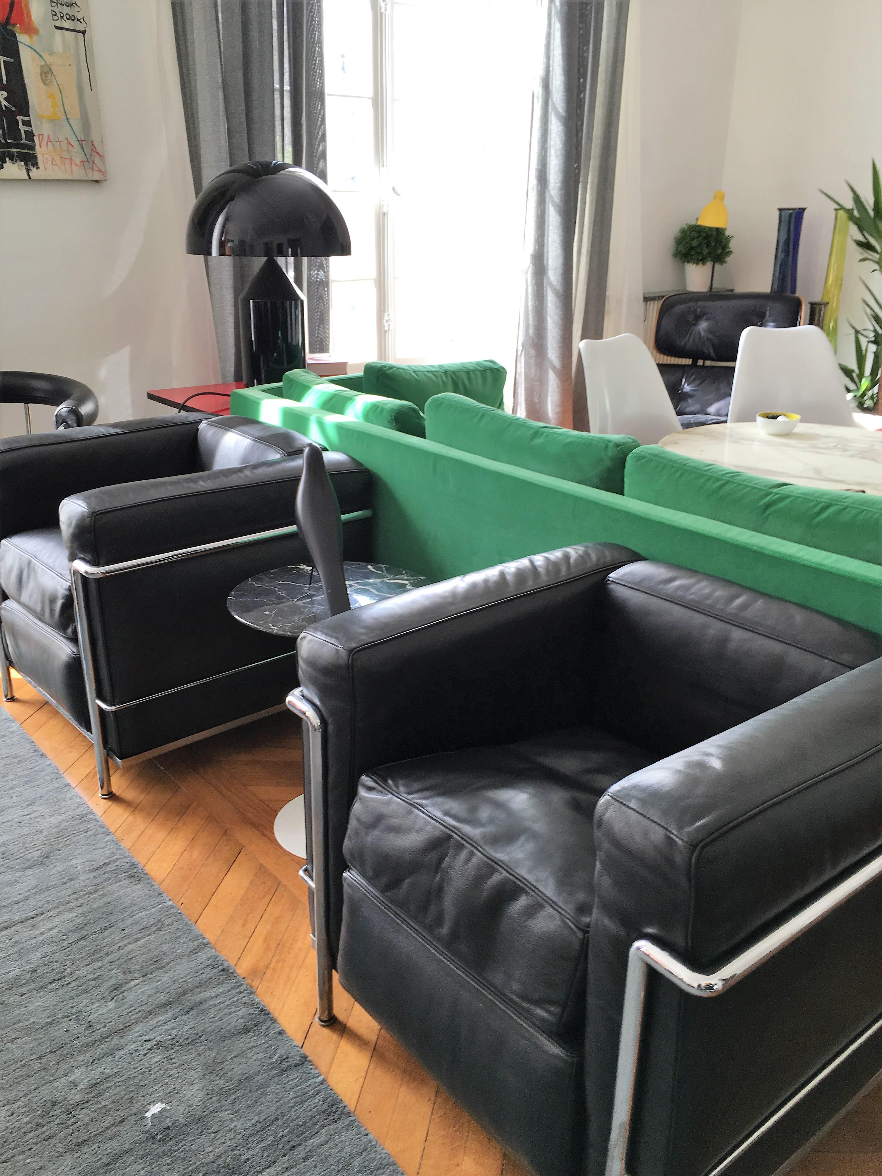 fauteuils l 39 atelier 50 boutique vintage achat et vente mobilier vintage accessoires design. Black Bedroom Furniture Sets. Home Design Ideas